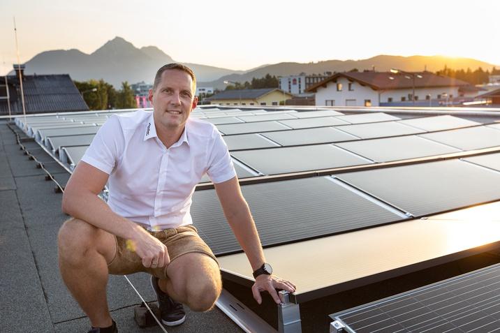 Photovoltaikanlage Auto Lindner Wals_2