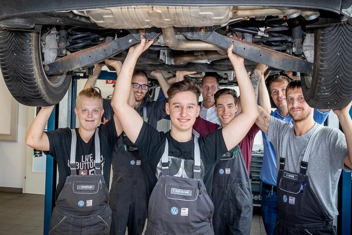 Auto Lindne Ausbildungswerkstatt für Lehrlinge